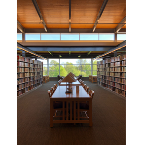 interior photo of Tigard Public Library
