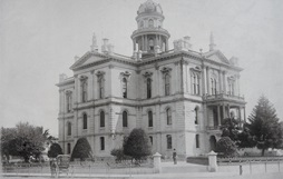 Historic photograph of Sonoma County Courthouse